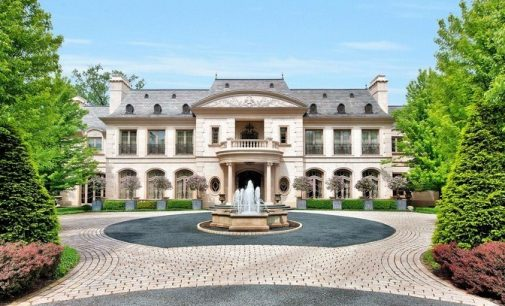 Exceptional Richard Landry Masterpiece in Winnetka, IL Reduced to $9.5M, Prev. $32M (PHOTOS)