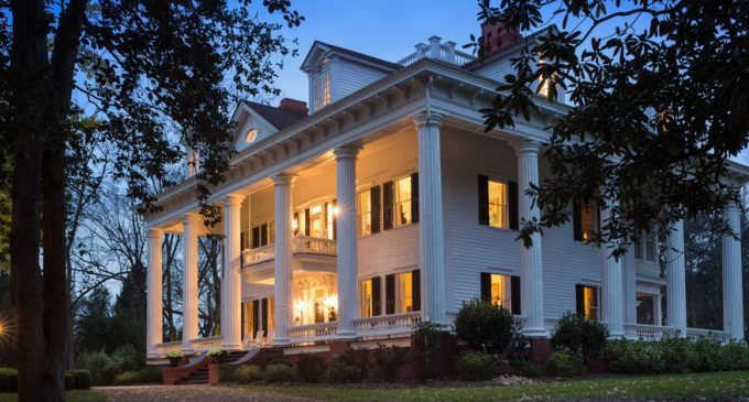 c.1836 Georgia Mansion that Inspired 'Gone With the Wind' to be Auctioned, Opening Bid $1M (PHOTOS & VIDEO)