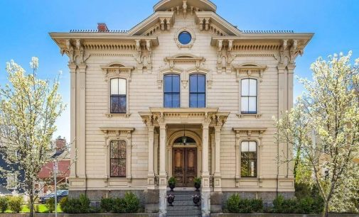 c.1871 Putnam-Balch House in Salem, MA's McIntire Historic District for $1.55M (PHOTOS)