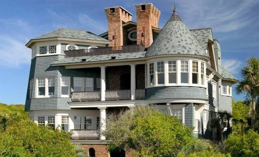 Inside An Oceanfront Shingle-Style Home by Christopher A. Rose On Kiawah Island (PHOTOS)
