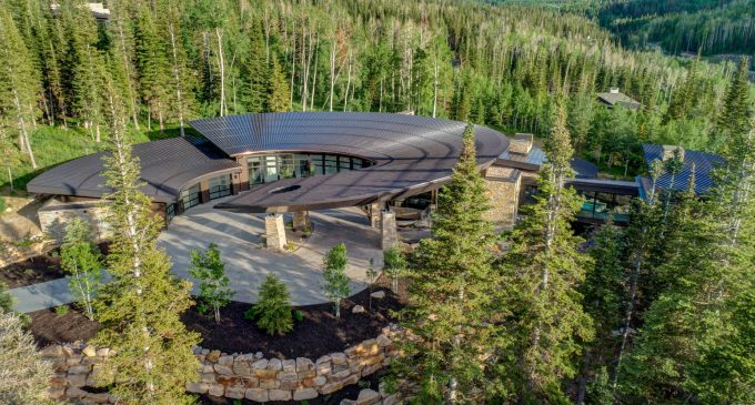 Brand New Contemporary Dream Home on 4.5 Acres in Park City, UT Lists for $14M (PHOTOS)