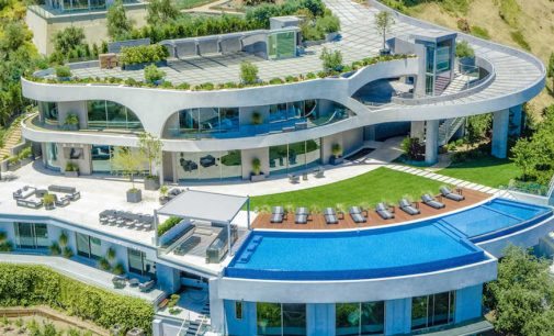 Contemporary Cliffside Spec Mansion by de Loren & Associates in Los Angeles Lists for $42M (PHOTOS & VIDEO)