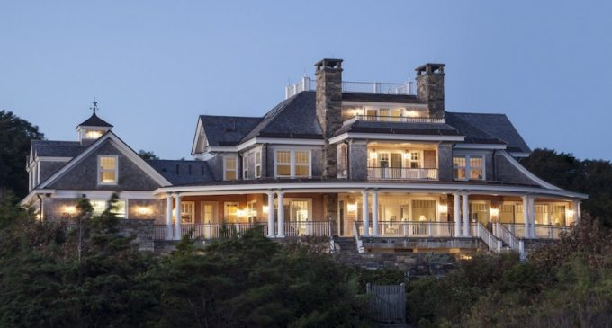 Captain's House by Morehouse MacDonald and Associates in West Hyannisport, MA (PHOTOS)