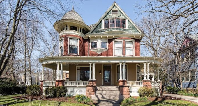 c.1895 Restored Queen Anne Victorian in Evanston, IL for $2.2M (PHOTOS)