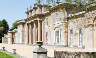 Hackwood Park: An English Country Manor on 260 Acres in Hampshire (PHOTOS)
