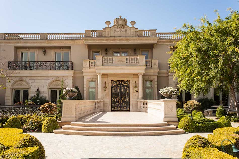 Inside The Beverly Hills Mansion Used In Camila Cabello S Liar And Ariana Grande S Don T Call Me Angel Photos Pricey Pads