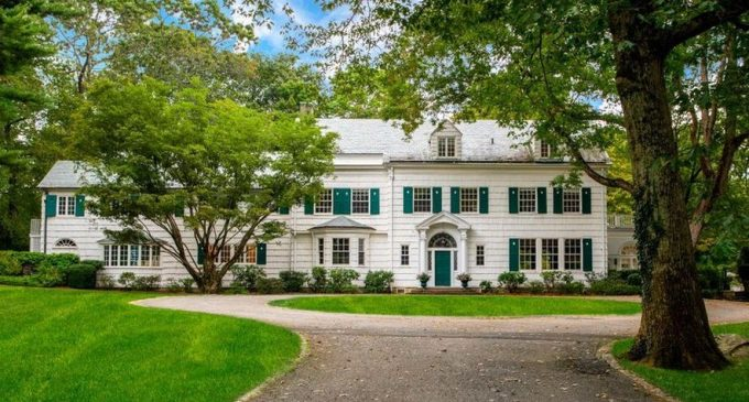 c.1927 Colonial Revival on 4 Acres in Greenwich Reduced to $3.9M (PHOTOS)