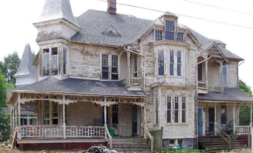 c.1887 Queen Anne Victorian Brought Back in Remarkable Restoration (PHOTOS)
