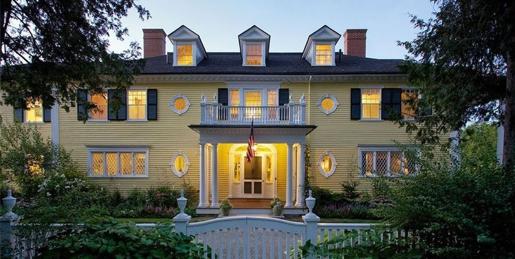 Historic c.1896 Dark Harbor House in Maine for $3.95M (PHOTOS)