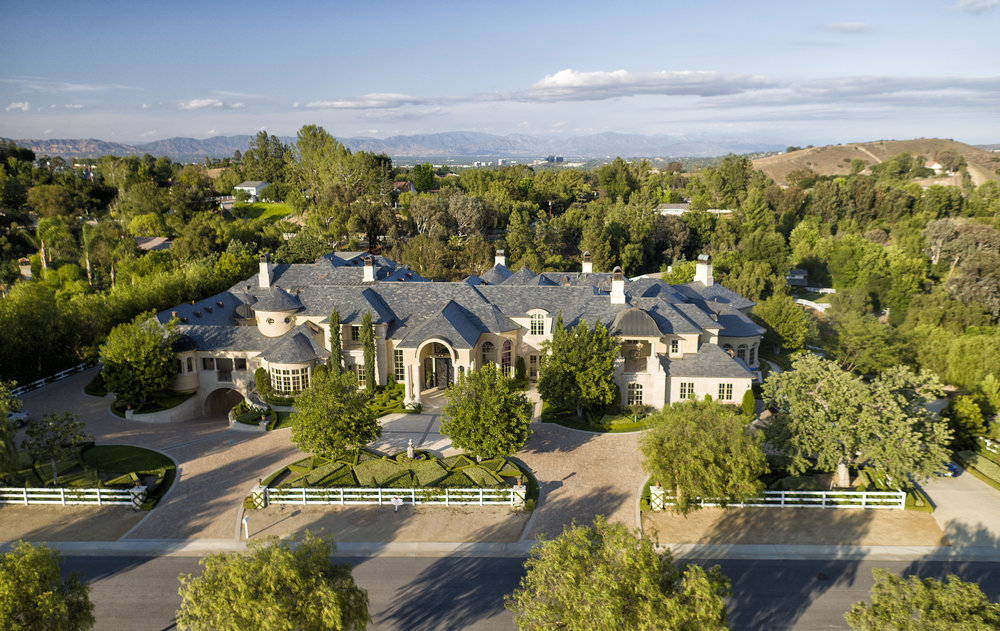 Youtuber Jeffree Star Buys 14 6m Hidden Hills Estate Photos Video Pricey Pads