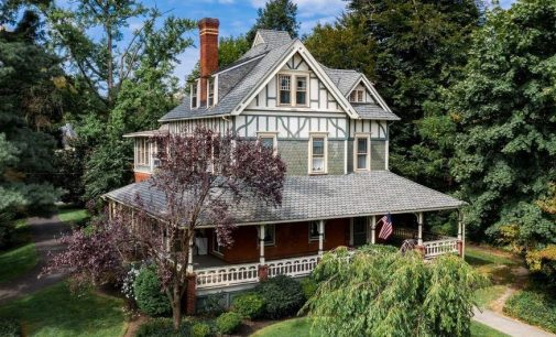 Moorestown Victorian Hits the Market for $725K (PHOTOS)