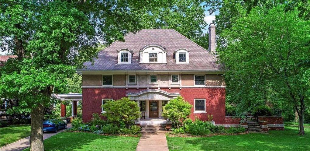 c.1908 John M. Byrne House in Kansas City Reduced to $1.2M (PHOTOS)