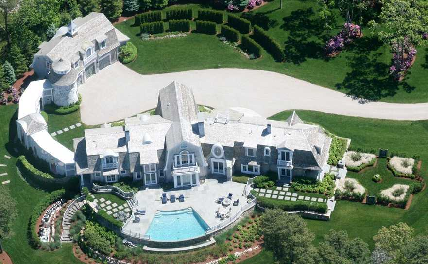 7.6 Acre Pinquickset Cove Estate Includes Guest House for $7M (PHOTOS)