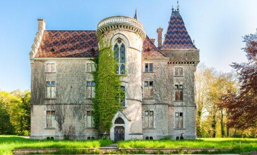 Empty 19th Century Castle Mâcon Seeking Ambitious Buyer for €7.42M (PHOTOS)