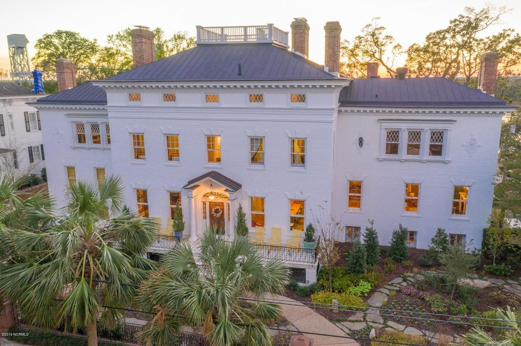 c.1825 Governor Dudley Mansion in Wilmington, NC for $2.6M (PHOTOS)