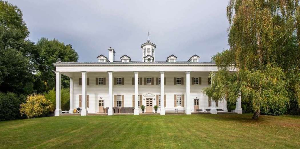 1930s Replica of George Washington's Mount Vernon in Affluent Paris Suburb (PHOTOS & VIDEO)