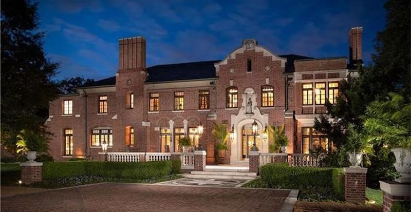 The Woodlands, Historic c.1925 Brick Mansion in Saint Louis, MO Reduced to $5.8M (PHOTOS)