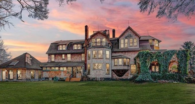 c.1900 Charles E. Beach House in West Hartford for $699K (PHOTOS)