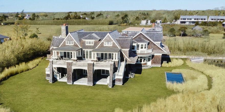 Shingle Style Beach House Overlooking the Atlantic Ocean Lists for $37M in Wainscott, NY (PHOTOS)