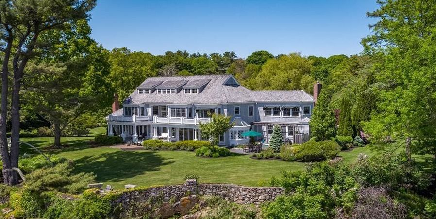 The Moorings at Norton's Point, c.1883 Waterfront Home Sells for $8.65M (PHOTOS)