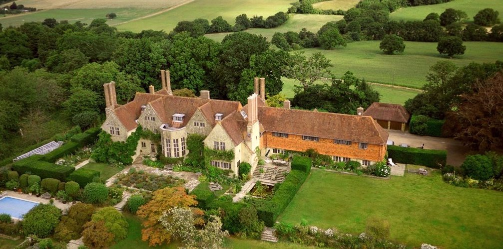 Grade I Listed Little Thakeham Designed by Architect Edwin Lutyens in West Sussex for £5.5M (PHOTOS)