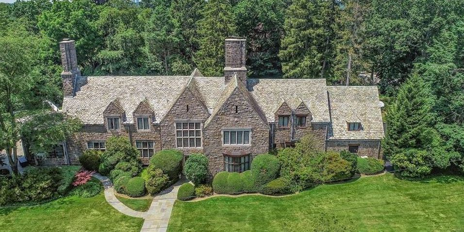 c.1926 Tudor Revival by Westchester Architect Charles Lewis Bowman Drops Below $2M (PHOTOS)
