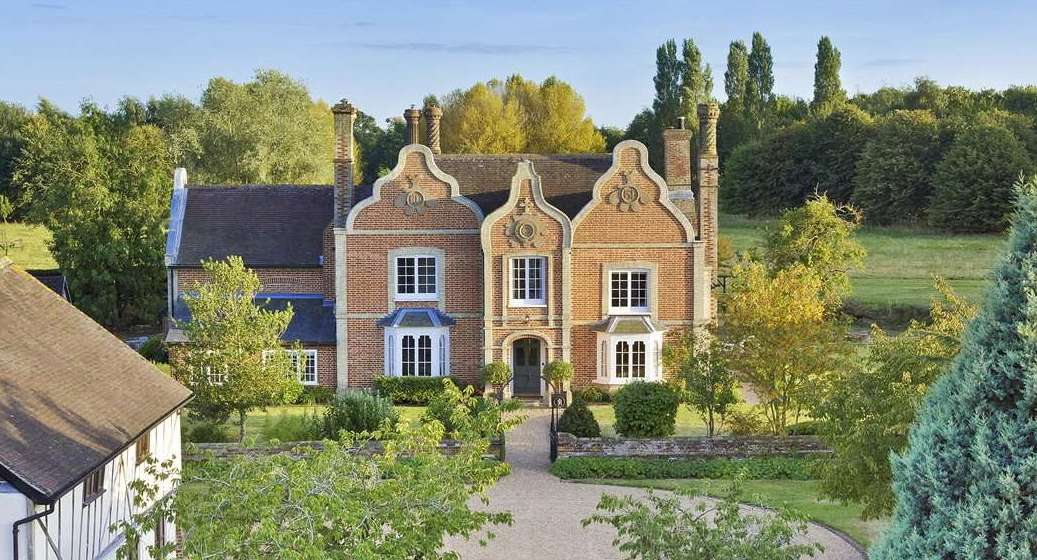 Grade II Listed Harleston Hall on 23 Acres in Suffolk Asks £2.5M (PHOTOS)