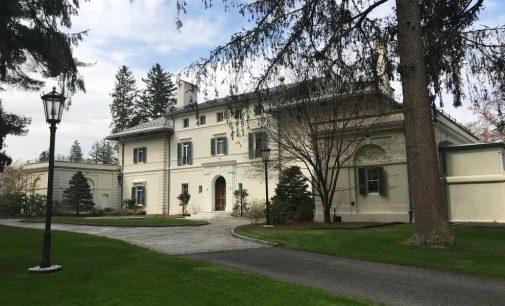 c.1915 Villa Virginia 'Berkshire Cottage' on 58 Acres Reduced to $8.5M (PHOTOS)