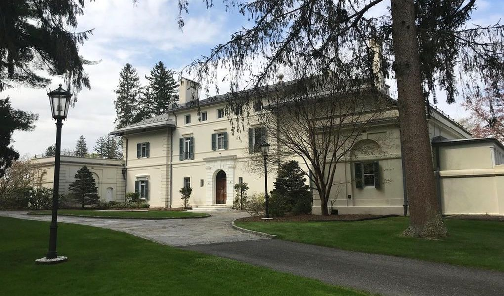 c.1915 Villa Virginia 'Berkshire Cottage' on 58 Acres Reduced to $8.5M (PHOTOS)