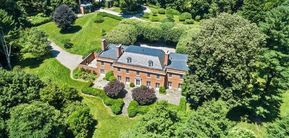 c.1927 Brick Georgian Manor on 24 Acres in Bedford Hills Sells for $6.5M (PHOTOS)