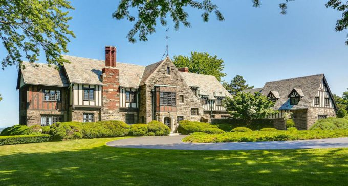 c.1928 Tudor Revival Overlooking the Niagara River in Lewiston, NY Sells for $1.2M (PHOTOS)