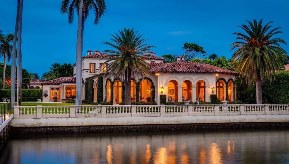 Florida Mediterranean Estate with Maurice Fatio-Designed Carriage House for $37.5M (PHOTOS)