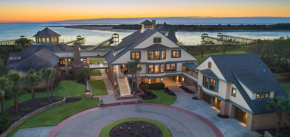 10 Acre North Carolina Waterfront Estate Lists for $7.4M (PHOTOS)