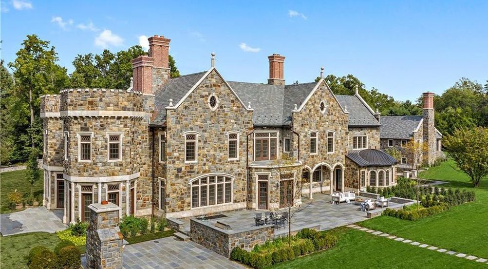 11,300 Sq. Ft. Stone Mansion Pending Sale in Mid-Country Greenwich (PHOTOS)