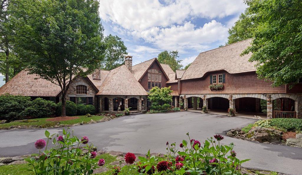 Exquisite Mountain Home Designed by Tim Greene Reduced to $3M (PHOTOS)