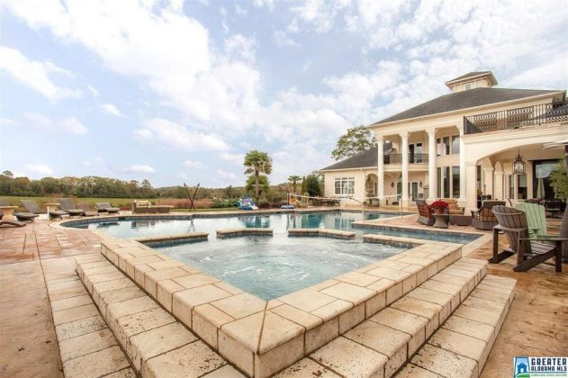 14 000 Sq Ft Alabama Mansion On 200 Acres Reduced To 2