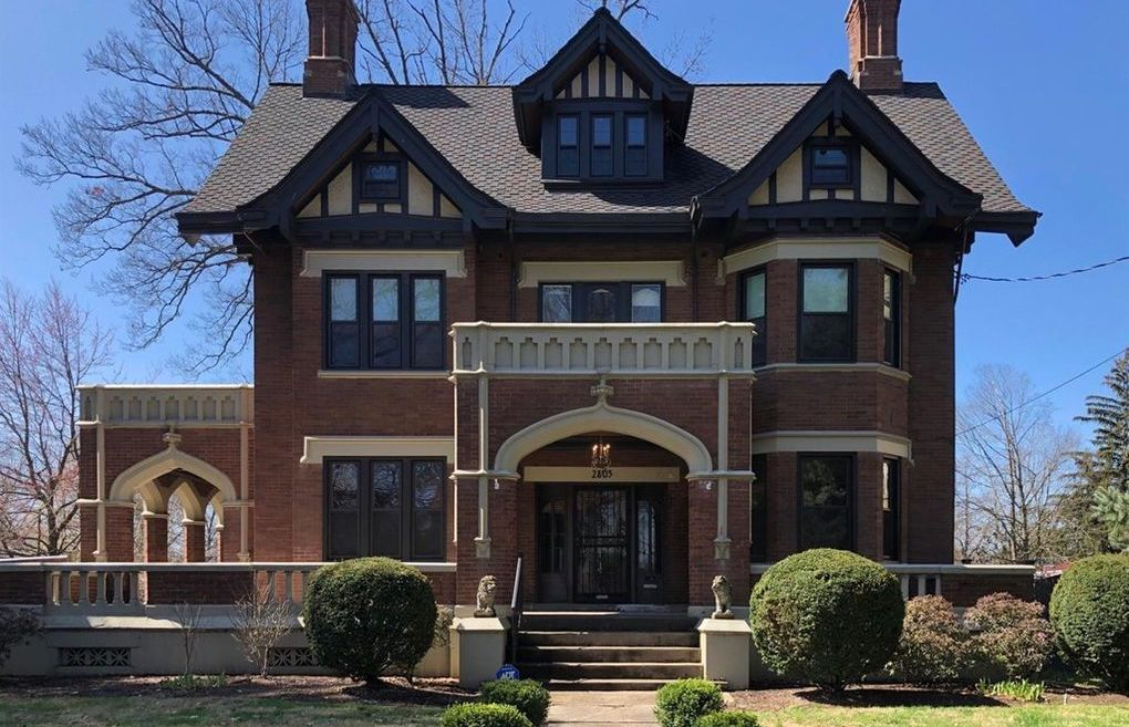 c.1911 Tudor Revival in Cincinnati, OH for $190K (PHOTOS)