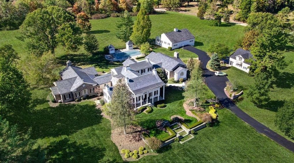 8 Acre Estate with 15,000 Sq. Ft. Main House in Indian Hill, OH Reduced to $3.98M (PHOTOS)
