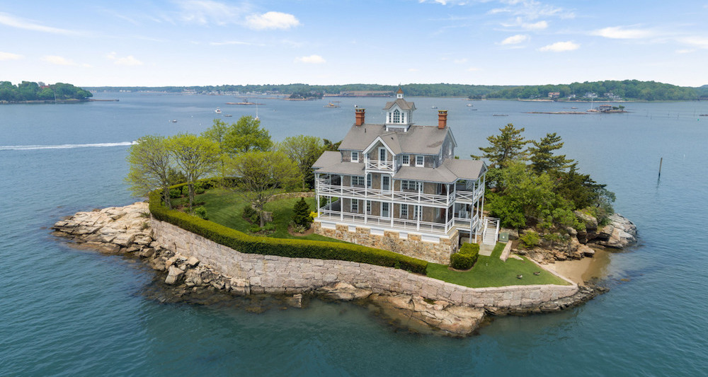 Branford, CT's 0.77 Acre Wheelers Island Offered Furnished for $3M (PHOTOS)