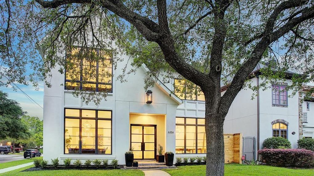 Brand New Modern Home by Brickmoon Design Sells in Houston, TX (PHOTOS)