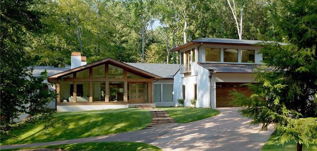 Contemporary Home on 2.36 Acres in Sandy Springs, GA lists for $2.9M (PHOTOS)