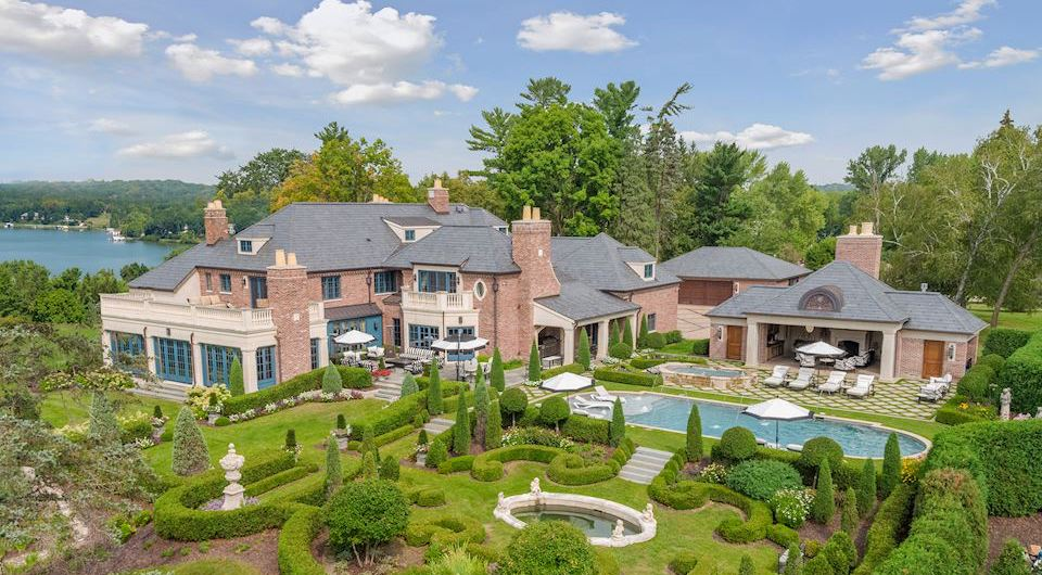 1920s Brick Manor on 7.12 Acres with 700′ of Shoreline on Maxwell Bay Drops to $10M (PHOTOS)