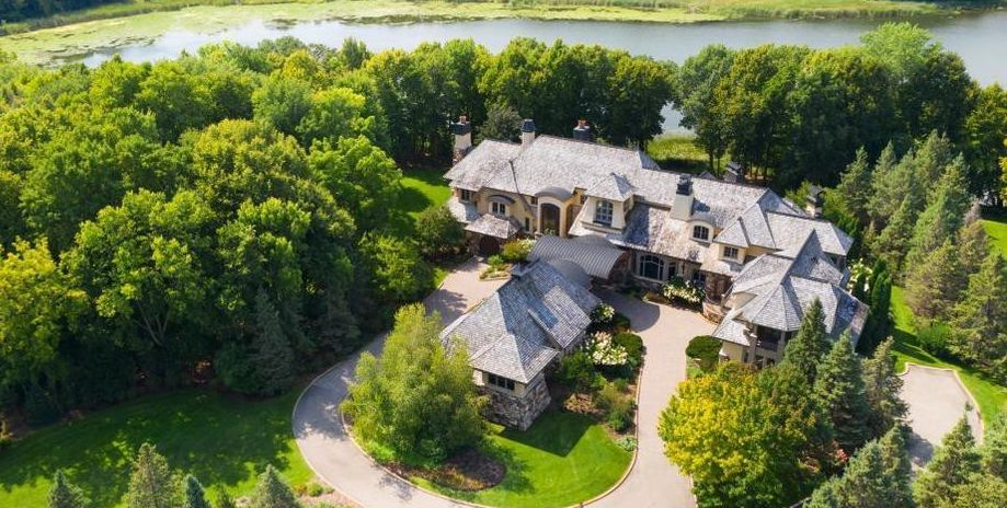 Maxwell Bay Estate with 16,000 Sq. Ft. Main House in Wayzata, MN Reduced to $9.75M (PHOTOS)