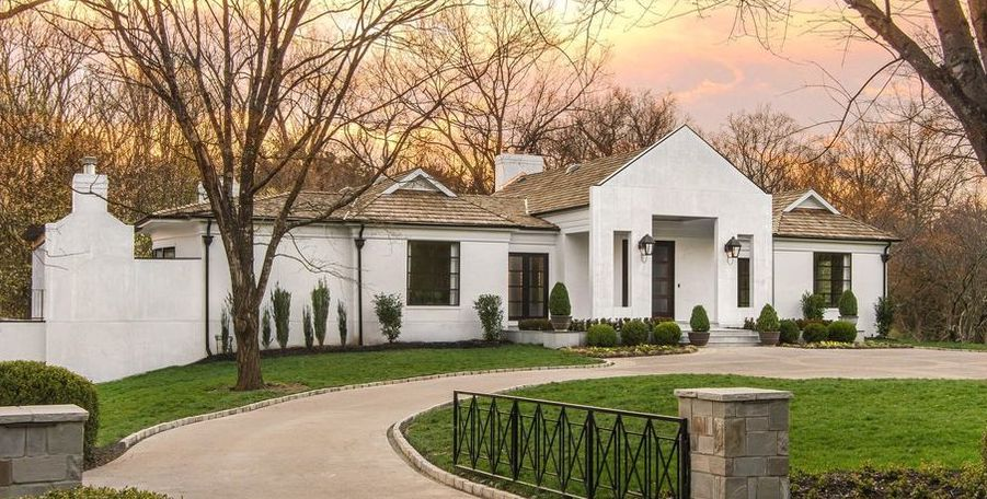 Contemporary Belle Meade Residence lists in Nashville for $3.5M (PHOTOS)