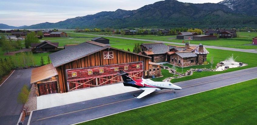 Airpark Estate with Jet Hangar and Access to Runway in Alpine, WY Reduced to $6M (PHOTOS)