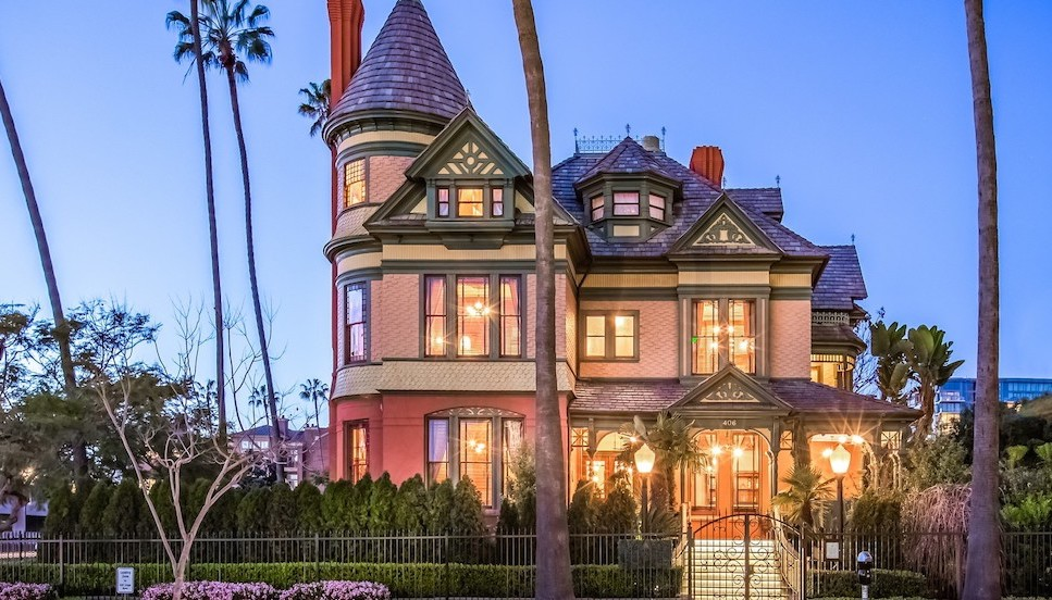 San Diego's Historic c.1887 Britt Scripps Manor Asks $5.5M (PHOTOS)