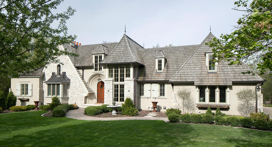 4,000 Sq. Ft. Residence lists in Wayzata, MN for $3.3M (PHOTOS)