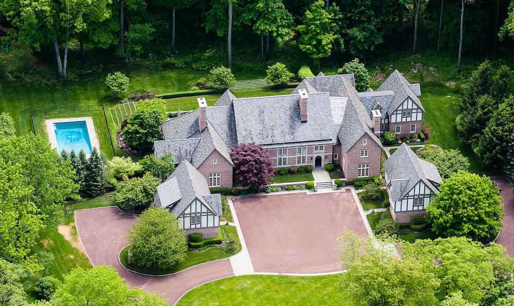 Little Pond Estate by Xhema Industries in Greenwich Reduced to $8.75M (PHOTOS)