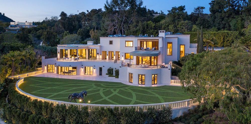 Casino Mogul Steve Wynn lists $135M Beverly Hills Mansion (PHOTOS)
