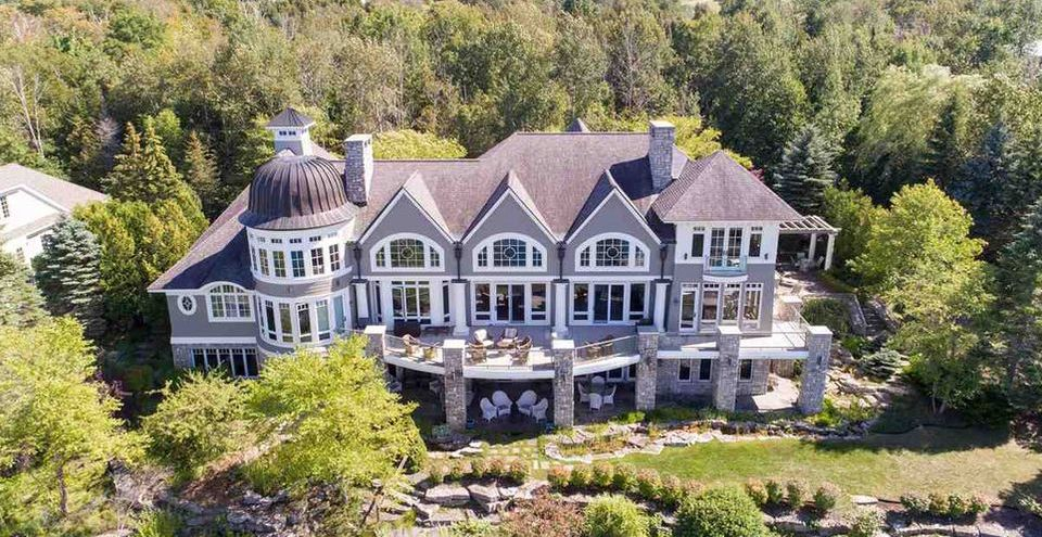 Summer Home by Lubin Associates Perched Above Bay Harbor Lake for $4.5M (PHOTOS)